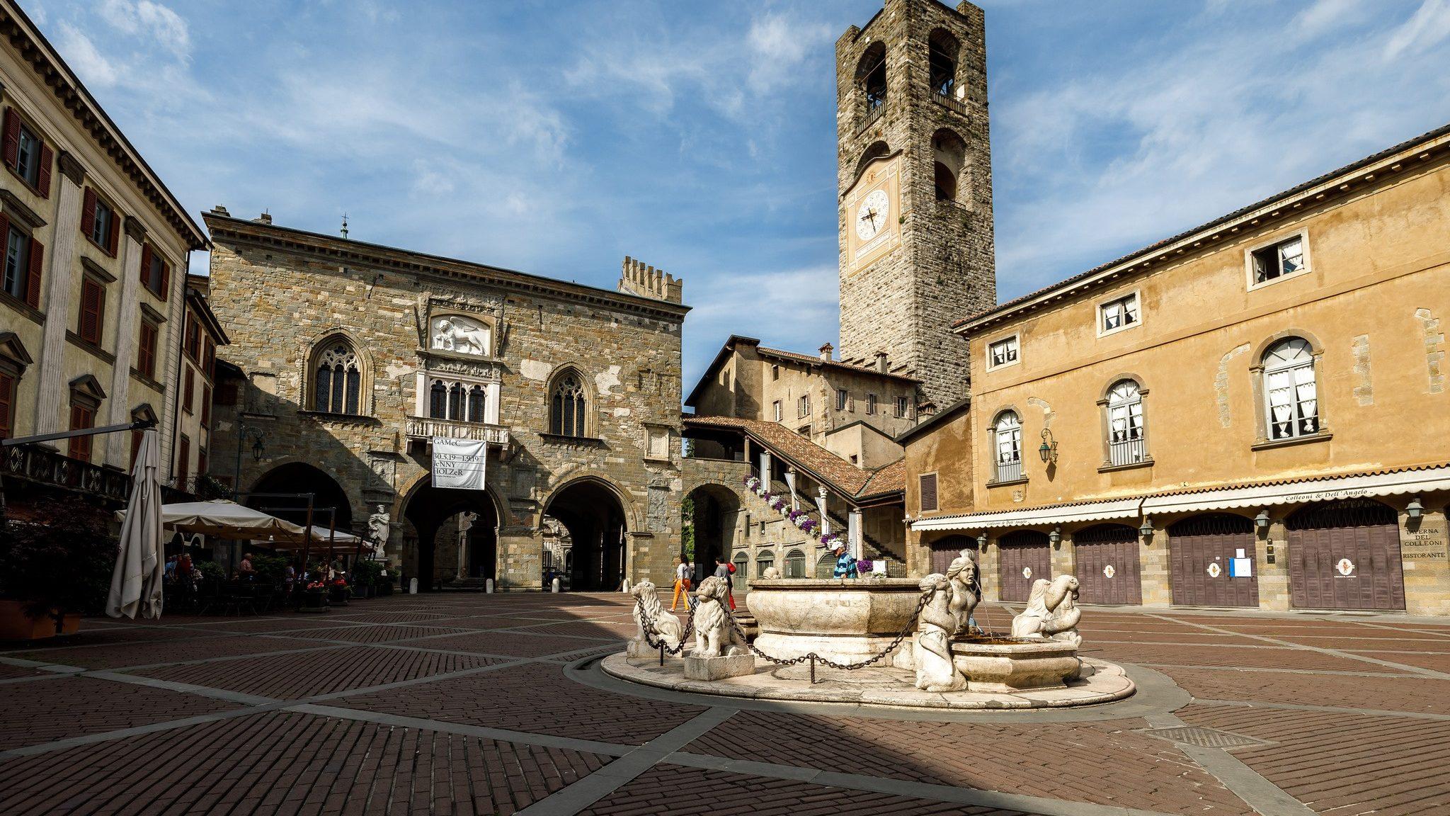 Piazza Vecchia Città Alta Bergamo